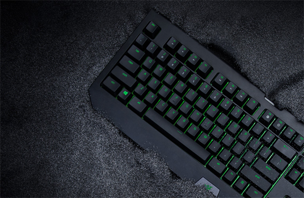 Razer keyboard holds up the advanced features and technology